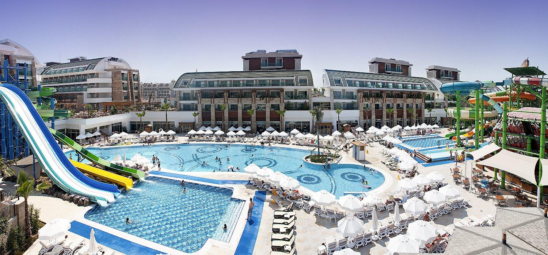 5 sterne hotel t rkei mit rutschen und aquapark crystal waterworld resort in belek hotels t rkei. Black Bedroom Furniture Sets. Home Design Ideas